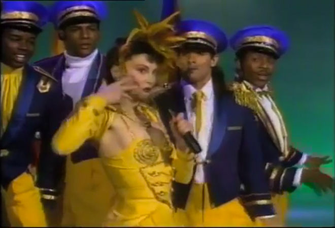 "VIDEO: Toni Basil – ""Street Beat"" performance"